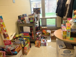 TOY DRIVE2